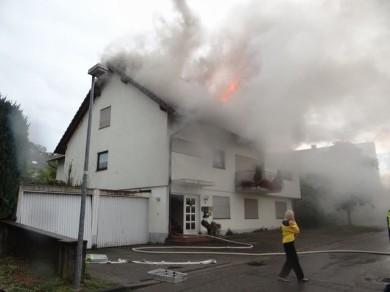 EB31 2013 Wohnungsbrand in Rheinweiler nach Blitzeinschlag