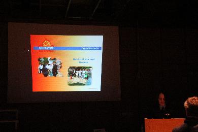 Lisa Hugenschidt berichtete über die Aktivitäten der Jugendfeuerwehr Bad Bellingen. Nebst wöchentlichen Übungen wurde gemeinsam die Jugendflamme Teil 2 absolviert. Auch ein Besuch im Europa Park, wie ein Zeltlager und eine Weihnachtsfeier wurde organisiert.