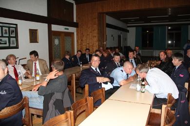 Die Hauptversammlung fand im Bürgersaal in Hertingen statt. Bürgermeister Dr. Hoffmann bedanke sich bei der Mannschaft und der Führung.