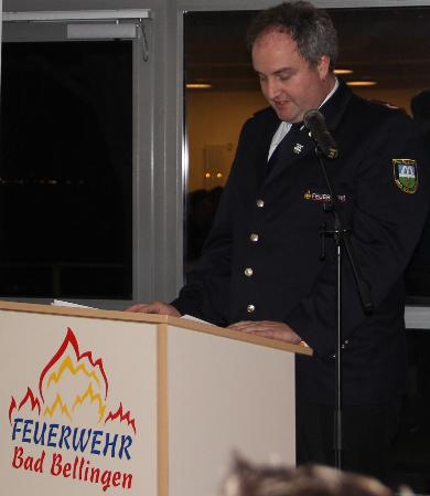 Kommandant Marco Maier eröffnete die Versammlung und berichtete, dass die Feuerwehr Bad Bellingen im vergangenen Jahr 55 Einsätze bewältigt habt, darunter waren 5 Brände. Die Feuerwehr hat per 31.12.2013 62 aktive Kameraden, 54 Kameradnen der Altersmannschaft und 23 Jugendliche in der Jugendfeuerwehr.